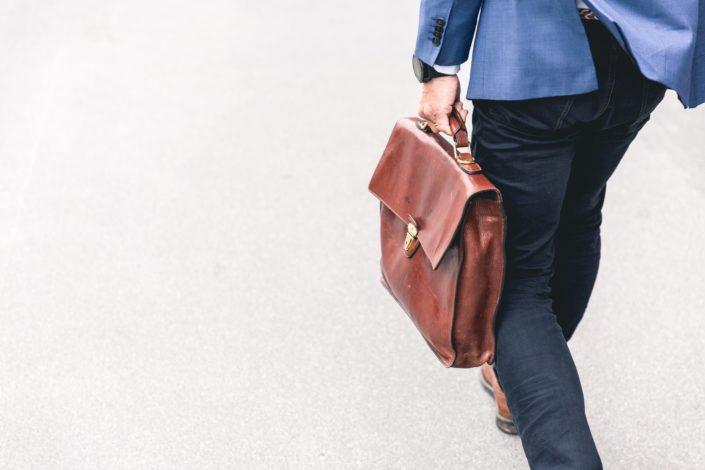 ¿Cómo te sientes al dejar tu trabajo y mudarte a otro estado para estar más cerca de tu persona especial?.jpg