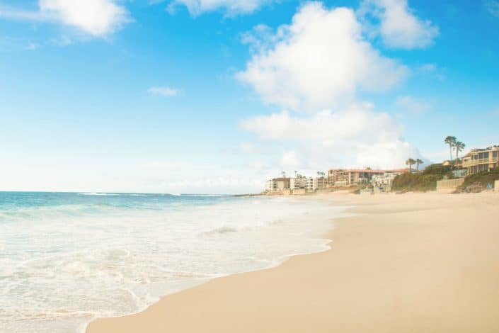 ¿Irías alguna vez a una playa nudista?.jpg