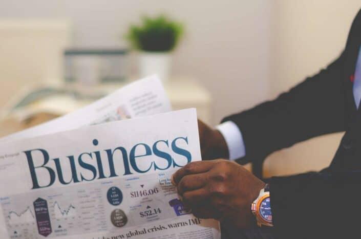 periódico de noticias de negocios